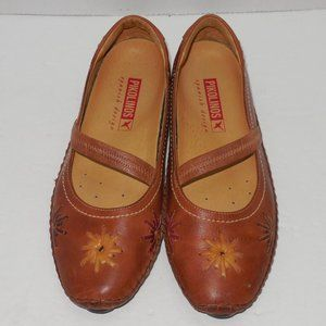 PIKOLINOS Leather Flats Super cute Boho Size 5 US